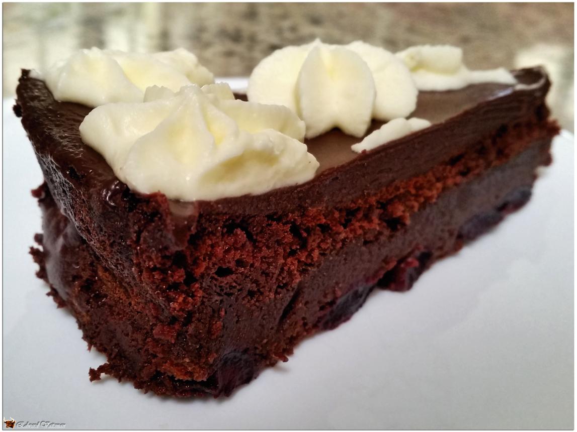 cherry_cake_slice_1