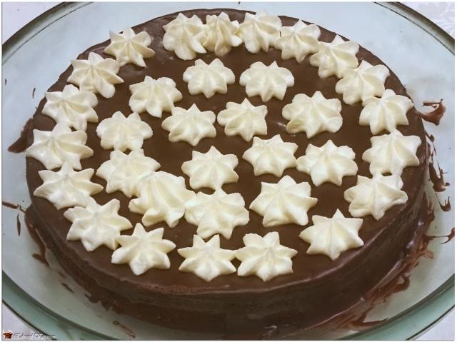 cherry_cake_whole